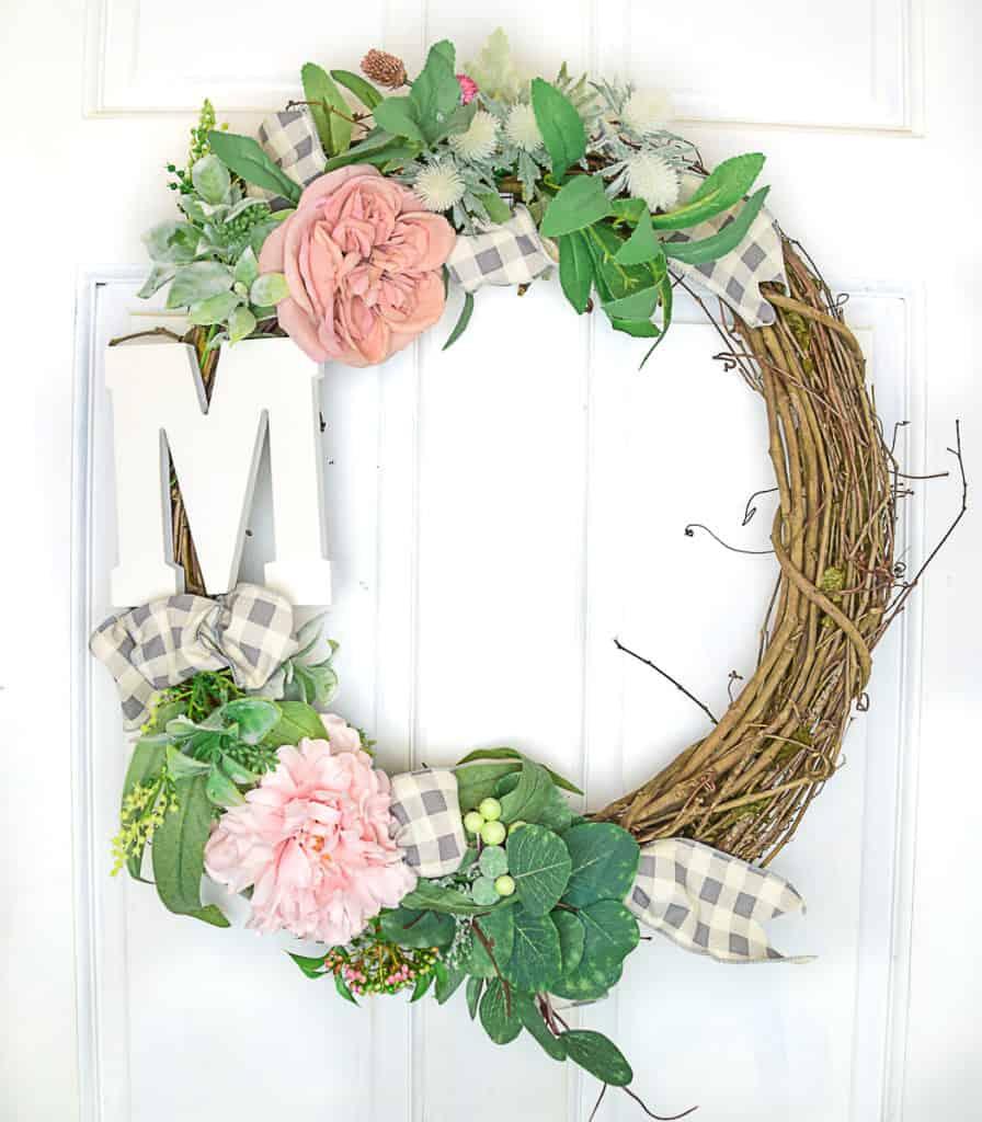 Soft and Feminine Easy DIY Farmhouse Fall Wreath